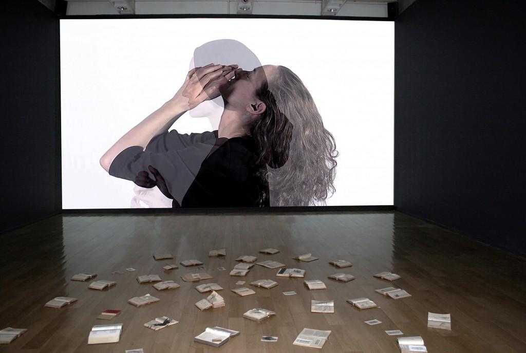 MONIKA WEISS_SUSTENAZO_MUSEO DE LA MEMORIA